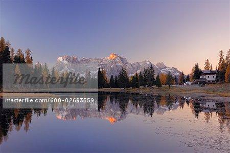 Lago di Antorno, Dolomites, Sorapis Mountain, Belluno Province, Veneto, Italy