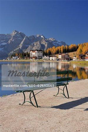 Lago di Misurina, Misurina Village, Dolomites, Sorapis Mountain, Belluno Province, Veneto, Italy