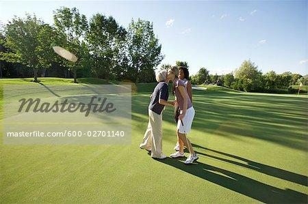 Frauen auf Golfplatz, Burlington, Ontario, Kanada