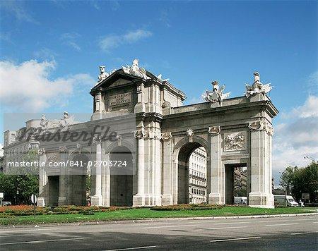 Alcala Gate, Madrid, Spain, Europe