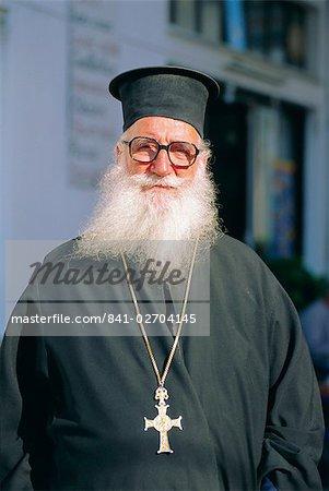 Grec-orthodoxe prêtre, Naxos, Iles Cyclades, Grèce, Europe
