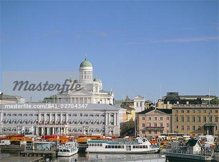 Skyline de Helsinki et l'église blanche (cathédrale luthérienne), Helsinki, Finlande, Scandinavie, Europe