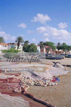 Filets de pêche, ville de Mindelo, l'île de Sao Vicente, îles du Cap-vert, Afrique, Atlantique