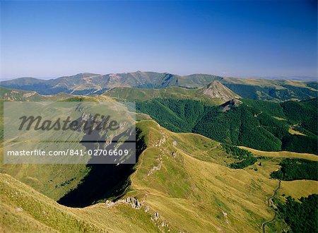 Soir d'été, Cantal, Auvergne, Massif Central, France, Europe