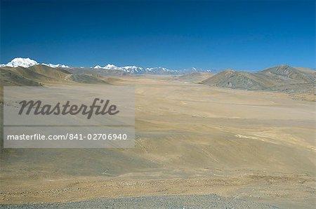 Lalung La route de Katmandou-Lhasa, Shisapangma snow peak à distance, le Plateau tibétain, Tibet, Chine, Asie