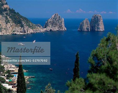 Faraglioni Rocks, Capri, Campanie, Italie, Méditerranée, Europe