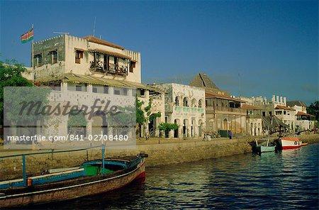 Waterfront, Lamu Town, Lamu Island, Kenya, East Africa, Africa