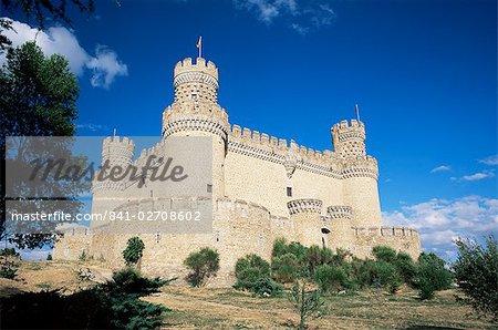 Château de Manzanares el Rel, datant du XVe siècle, près de Madrid, Espagne, Europe