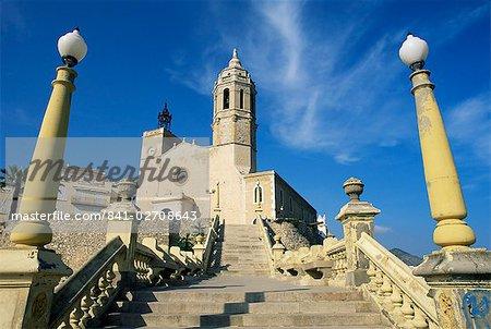 Seafront church, Sitges, Costa Dorada (Costa Daurada), Catalonia, Spain, Europe