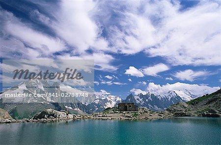Lac Blanc (White Lake) et la montagne, Chamonix, Haute Savoie, Rhone-Alpes, Savoie, France, Europe