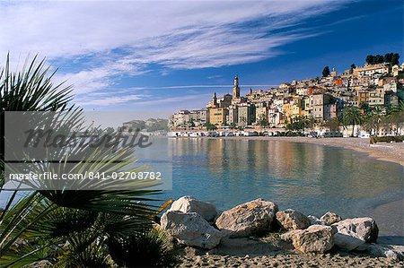 Voir toute la baie de la vieille ville, Menton, Alpes-Maritimes, Côte d'Azur, Provence, Côte d'Azur, France, Méditerranée, Europe