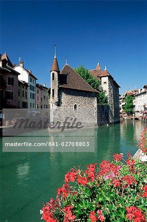 Le Palais de l'Isle dans le Thiou River, Annecy, Haute-Savoie, Rhône-Alpes, France, Europe
