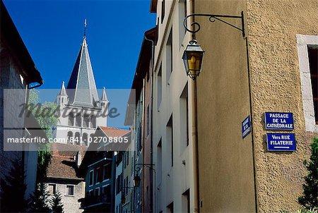 Vue sur la cathédrale, Annecy, Haute-Savoie, Rhône-Alpes, France, Europe