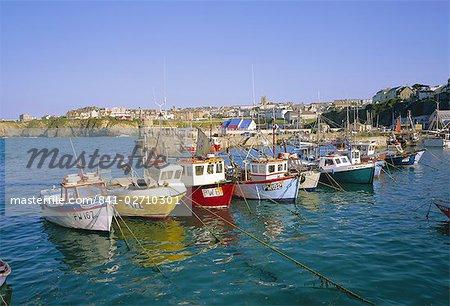 Petits bateaux dans le port, Newquay, Cornwall, Angleterre, Royaume-Uni