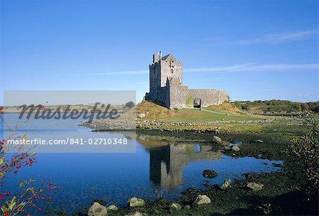 Dunguaire Castle, Kinvarra Bay, comté de Galway, Connacht, République d'Irlande (Eire), Europe