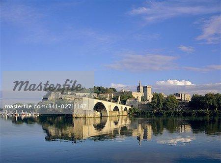 River Rhone, bridge and Papal Palace, Avignon, Provence, France, Europe