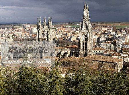 City skyline and Christian cathedral, Burgos, Castilla-Leon (Castile), Spain, Europe