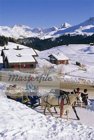 Pferd gezogenen Schlitten, Ski Resort, Arosa, Graubünden Region, Schweizer Alpen, Schweiz, Europa