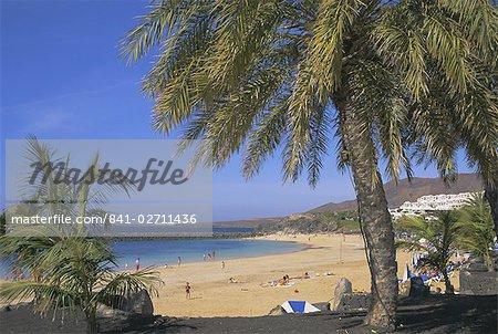 Der Strand von Playa Blanca, Lanzarote, Kanaren, Atlantik, Spanien, Europa
