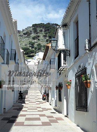 Calle San Sebastian, une ruelle dans village de montagne, Mijas, Malaga, Andalousie (Andalousie), Espagne, Europe