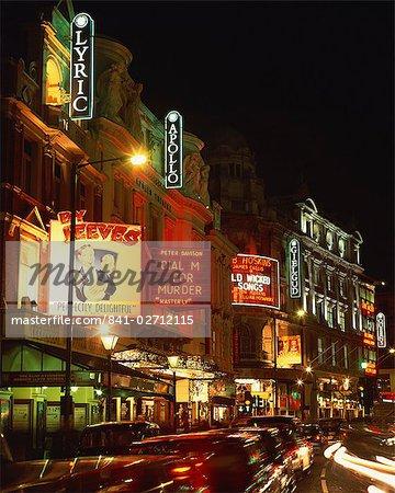 Quartier des théâtres, éclairée la nuit, Shaftesbury Avenue, Londres, Angleterre, Royaume-Uni, Europe
