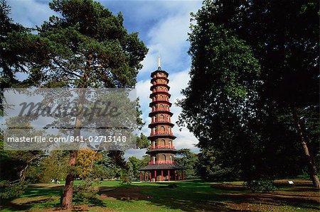 La pagode dans le Royal Botanic Gardens, Kew (Kew Gardens), patrimoine mondial de l'UNESCO, Londres, Royaume-Uni, Europe