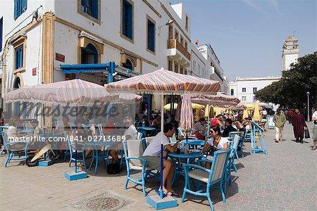 Café à la place, Essaouira, Maroc, l'Afrique du Nord, Afrique