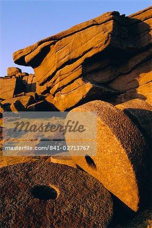 Millstones, Stanage Edge, Peak District National Park, Derbyshire, England, UK