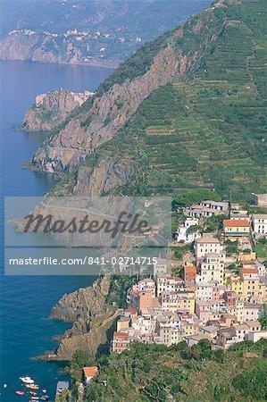 View over village of Riomaggiore, Cinque Terre, UNESCO World Heritage Site, Liguria, Italy, Europe