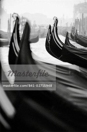 Gondoles, Venise, Vénétie, Italie, Europe