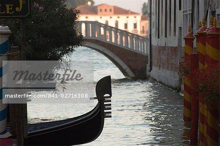 Avant gondole, Venise, Italie