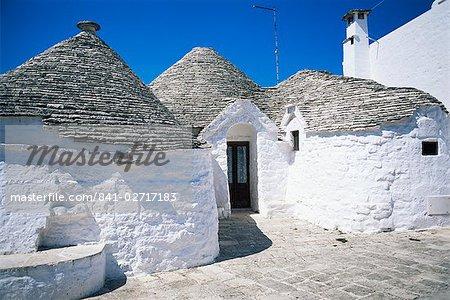 Trulli, Alberobello, UNESCO World Heritage Site, Pouilles, Italie, Europe