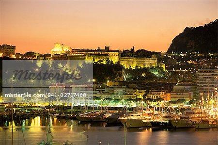 Le port et le palais princier au coucher du soleil, Monte Carlo, Monaco, Côte d'Azur, Méditerranée, Europe