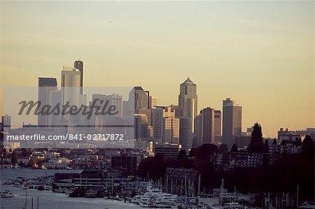 Toits de la ville au coucher du soleil, Seattle, Washington, États-Unis d'Amérique, l'Amérique du Nord