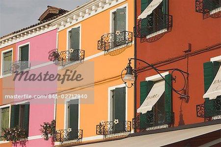 Couleur maison fronts à semer, Burano, lagune de Venise, Vénétie, Italie, Europe