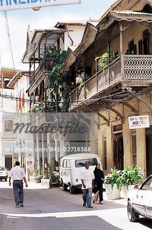 Old houses in a narrow street, Stone Town, Zanzibar, Tanzania, East Africa, Africa