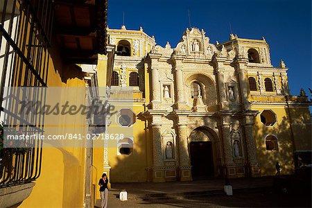 La Merced church, Antigua, UNESCO World Heitage Site, Guatemala, Central America