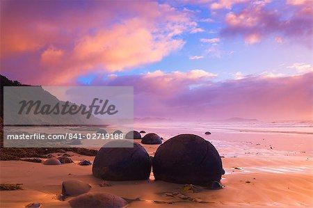 Moeraki Boulders, Moeraki, Otago, île du Sud, Nouvelle-Zélande, Pacifique