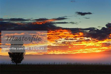 Lever du soleil, Alexandra, Central Otago, île du Sud, Nouvelle-Zélande, Pacifique
