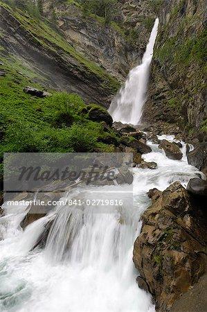 Cascade de Grossnitz, près de Heiligenblut, Parc National de Hohe Tauern, Autriche, Europe