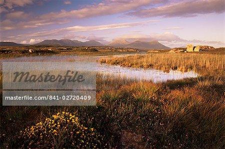 Ballynahinch Lake and the Twelve Pins, near Clifden, Connemara, County Galway, Connacht, Republic of Ireland (Eire), Europe
