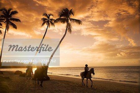 Las Terrenas au coucher du soleil, péninsule de Samana, République dominicaine, Antilles, Caraïbes, Amérique centrale