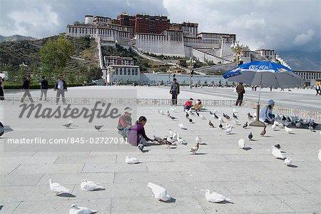 Palais du Potala, Lhassa, Tibet. 1694