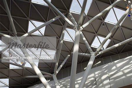 Centre commercial de Westfield, White City, Shepherds Bush, Londres. Architectes : Michael Gaballini et Kimberley Sheppard.