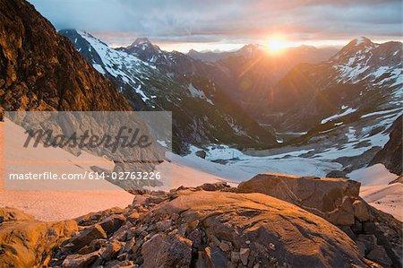 Soleil levant sur north cascades national park