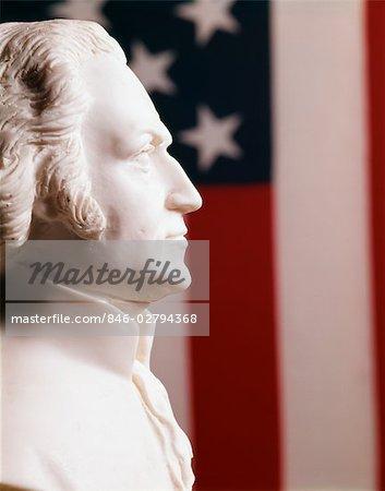 PROFIL DE BUSTE EN PLÂTRE BLANC FOND GEORGE WASHINGTON LE PRÉSIDENT AMÉRICAIN STARS FLAG STATUE