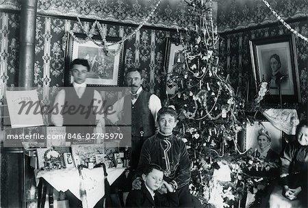 1890er Jahren Vintage Family Portrait Männer Frauen Kinder Salon
