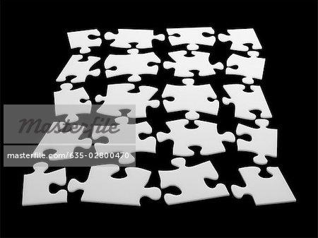 Einzelne Puzzleteile in Puzzle-Form