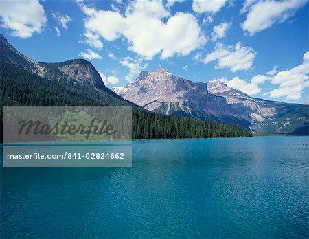 Lac Emerald, Parc National Yoho, UNESCO World Heritage Site, Colombie-Britannique, les Rocheuses, Canada, Amérique du Nord