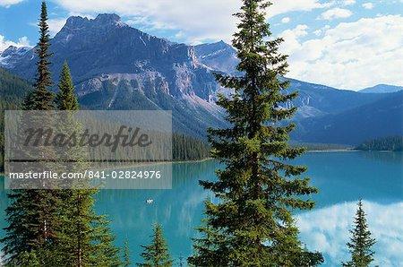 Lac Emerald, Parc National Yoho, Site du patrimoine mondial de l'UNESCO, montagnes Rocheuses, en Colombie-Britannique, Canada, Amérique du Nord